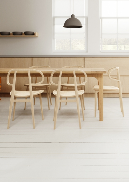 A-line table with Curve chairs